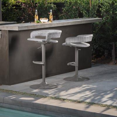 Comfort Swivel Wicker Outdoor Bar Stool (2-Pack)