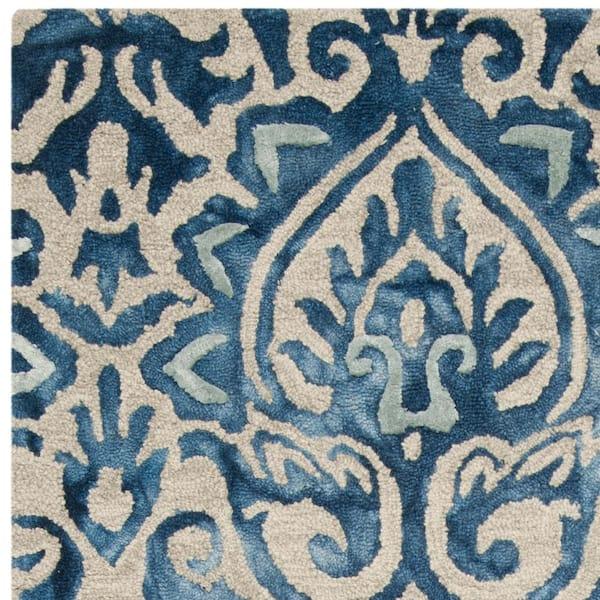 Safavieh Dip Dye Royal Blue Beige 5 Ft X 8 Ft Area Rug Ddy511k 5 The Home Depot