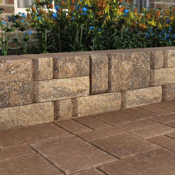 Pavestone Splitrock Medium 3 5 In X 7 In X 7 In Winter Blend Concrete Garden Wall Block 144 Pcs 24 5 Face Ft Pallet 11011287 The Home Depot