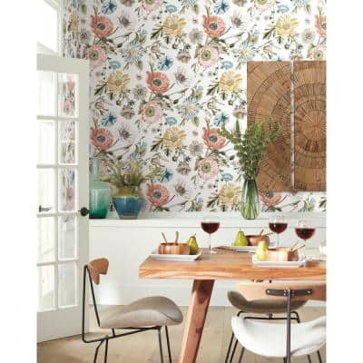 Vintage Poppy Peel and Stick Wallpaper (Covers 28.29 sq. ft.)