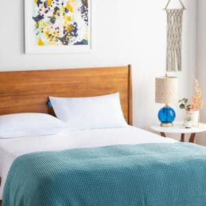 Essentials Cooling Memory Foam Queen Pillow