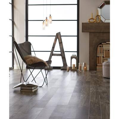 Amsterdam 6 in. W Venice Loose Lay Luxury Vinyl Plank Flooring (18 sq. ft./Case)
