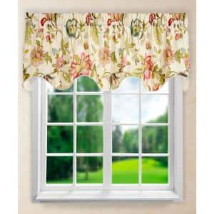 Brissac 17 in. L Polyetser Lined Scallop Valance in Red/Pink