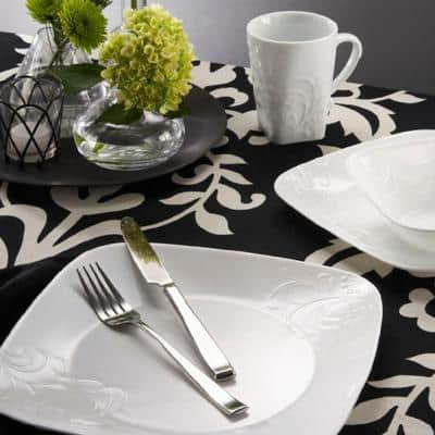 Boutique 16-Piece Traditional Cherish Porcelain Dinnerware Set (Service for 4)