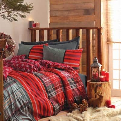 Christmas Carol Stars Duvet Cover Set : Red, Queen Size Duvet Cover, 1-Duvet Cover, 1-Fitted Sheet and 2-Pillowcases
