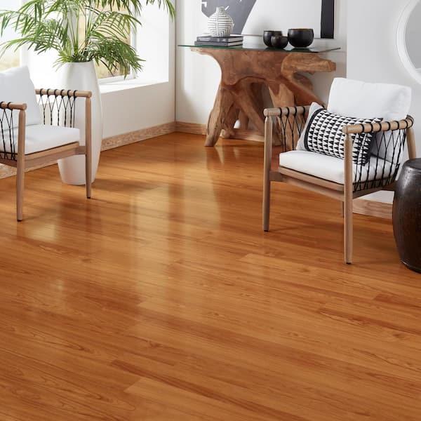 High Gloss Alexander Oak 8 Mm Thick X, Hampton Bay Laminate Flooring