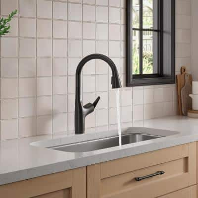 Safia 1-Handle Pull Down Sprayer Kitchen Faucet with Integrated Soap Dispenser in Matte Black