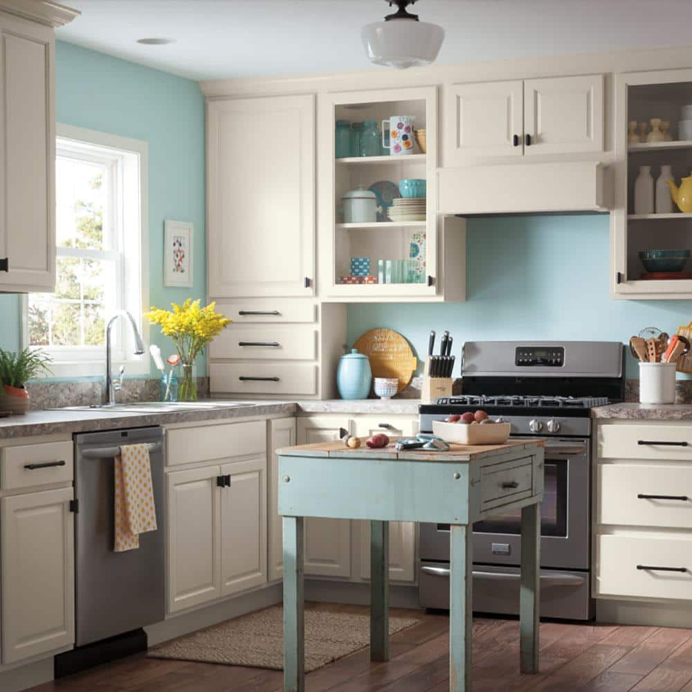 Thomasville Studio 1904 Custom Kitchen Cabinets Shown In Classic Style Hsinstadpw The Home Depot