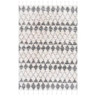 Casablanca Ivory/Gray 4 ft. x 6 ft. Tribal Diamonds Area Rug