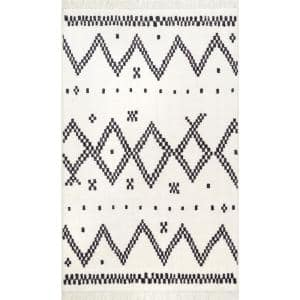 Tracy Moroccan Tassel Off White 5 ft. x 8 ft. Area Rug