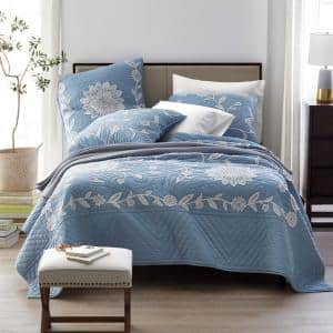 Floral Vine Blue Reversible King Textured Cotton Embroidered Quilt