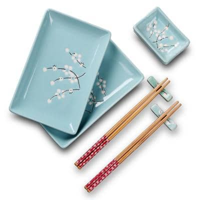 8-Piece Blue Porcelain Dinnerware Set Plates and Saucers and Chopsticks Service (Set for 4)