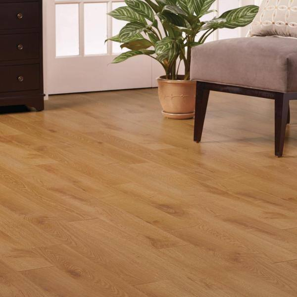 Home Decorators Collection Natural Oak, 8mm Oak Laminate Flooring