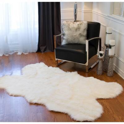 Gordon Off White 4 ft. x 6 ft. Faux Sheepskin Quattro Indoor Rug