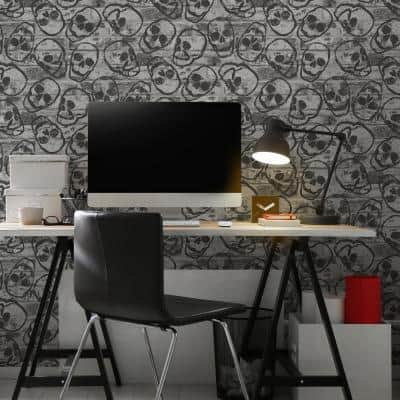 Skull Wall Grey Paper Wet Removable Roll (Covers 56 sq. ft.)