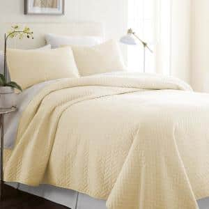 Herring Yellow Microfiber King Performance Quilted Coverlet Set