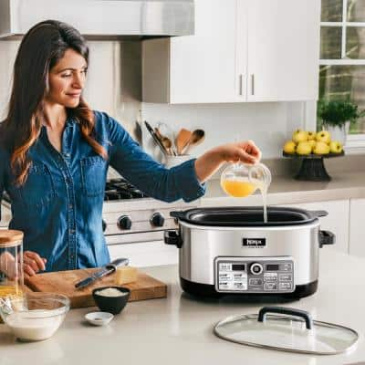 Auto-iQ 6 Qt. Silver Electric Multi-Cooker with Built-In Timer and Programmable Settings (CS960)