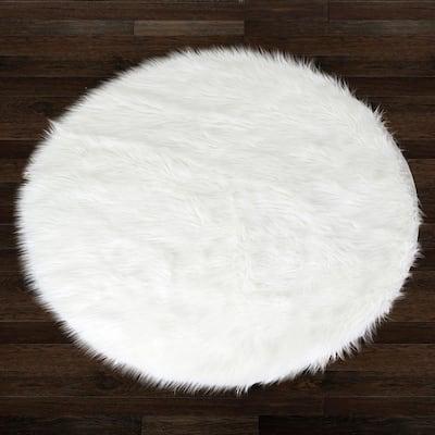 Alair White Round Faux Fur 5 ft. W Area Rug
