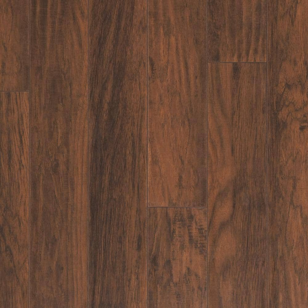 Home Decorators Collection Farmstead Hickory 12 Mm Thick X 6 1 16 In Wide X 47 17 32 In Length Laminate Flooring 12 Sq Ft Case 367851 00241 The Home Depot