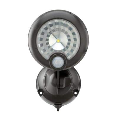 Outdoor 200 Lumen Battery Powered Motion Activated Integrated LED Security Light, Brown