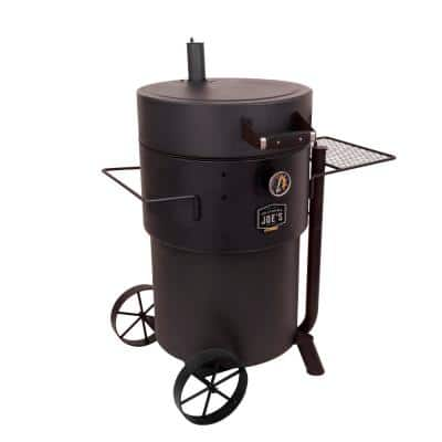 Bronco Pro Charcoal Drum Smoker in Black
