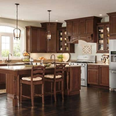 Classic Custom Kitchen Cabinets Shown in Classic Style