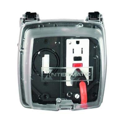 Clear 2-Gang Weatherproof In-Use Receptacle Cover