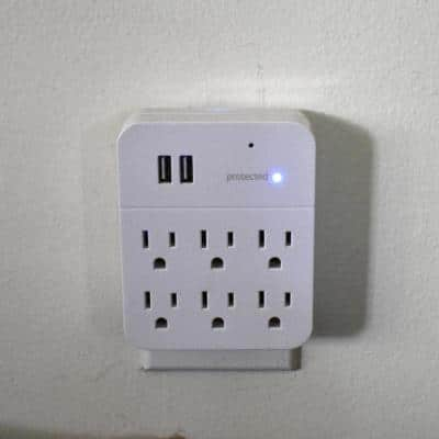 Multi-Outlet with 4K Hidden Camera