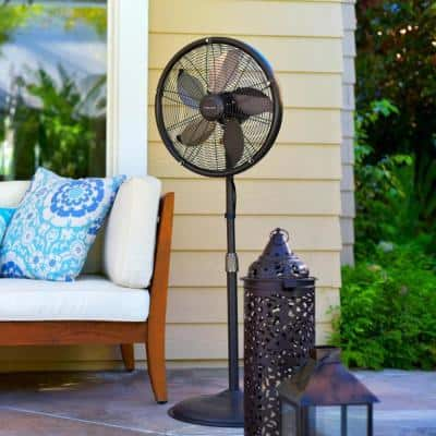 18 in. 3-Speed Outdoor Misting Fan and Pedestal Fan Combination with Sturdy All Metal Design for 600 sq. ft. - Brown