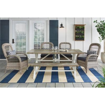Beacon Park 6-Piece Gray Wicker Outdoor Dining Set with Midnight Cushions