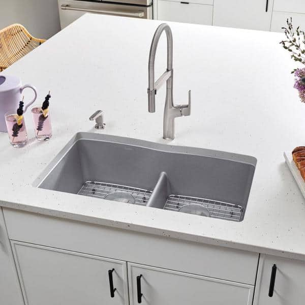 Blanco Diamond Undermount Granite Composite 32 06 In 50 Double Bowl Kitchen Sink With Low Divide Metallic Gray 442077 The Home Depot