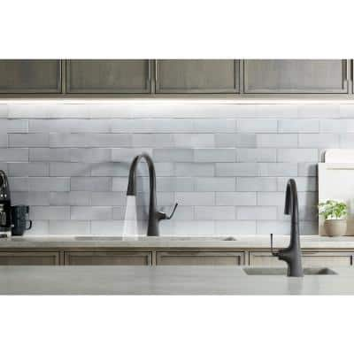 Graze Single-Handle Pull-Down Sprayer Kitchen Faucet with Response Technology in Matte Black