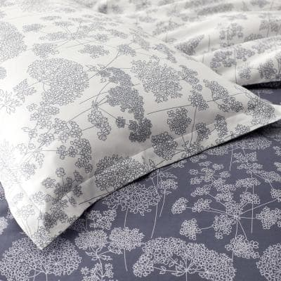 Legends Hotel Hana Cotton and TENCEL Lyocell 300-Thread Count Sateen Fitted Sheet