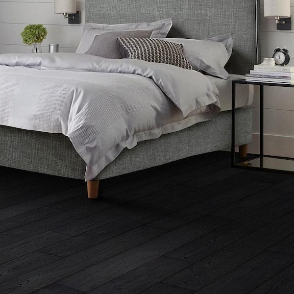 Pergo Outlast 7 48 In W Pure Black, Black Wood Laminate Flooring