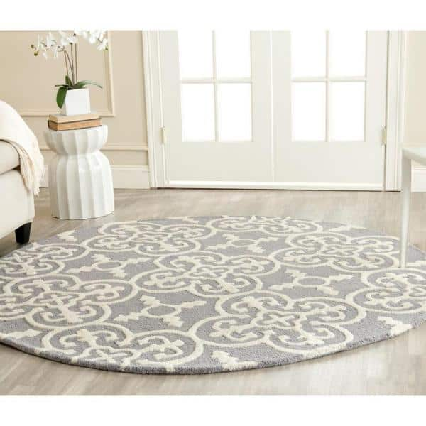 Safavieh Cambridge Silver Ivory 4 Ft X 4 Ft Round Area Rug Cam133d 4r The Home Depot