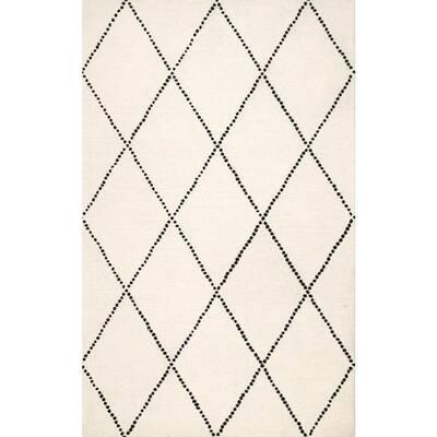 Dotted Diamond Trellis Ivory 4 ft. x 6 ft. Area Rug