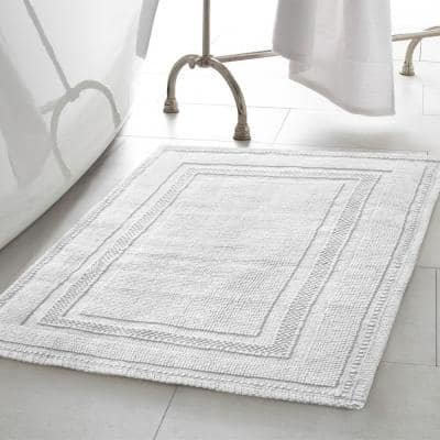 Cotton Stonewash Racetrack White 20 in. x 32 in Solid Bordered 2-Piece Bath Rug Set