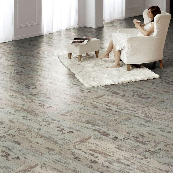 Innovations Maui Whitewashed Oak 8 Mm, White Laminate Flooring Home Depot