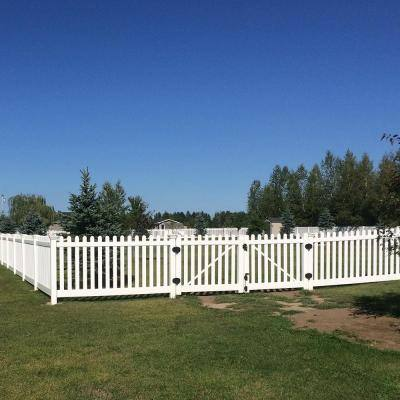 Plymouth 4 ft. W x 4 ft. H White Vinyl Picket Fence Gate Kit