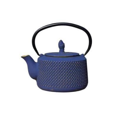 Matsukasa 3.5-Cup Teapot in Gold and black