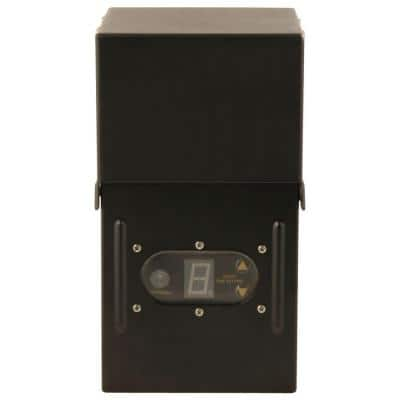 Power Pack Low-Voltage 300-Watt Black Outdoor Lighting Transformer with Photocell Light Sensor and Metal Raintight Case