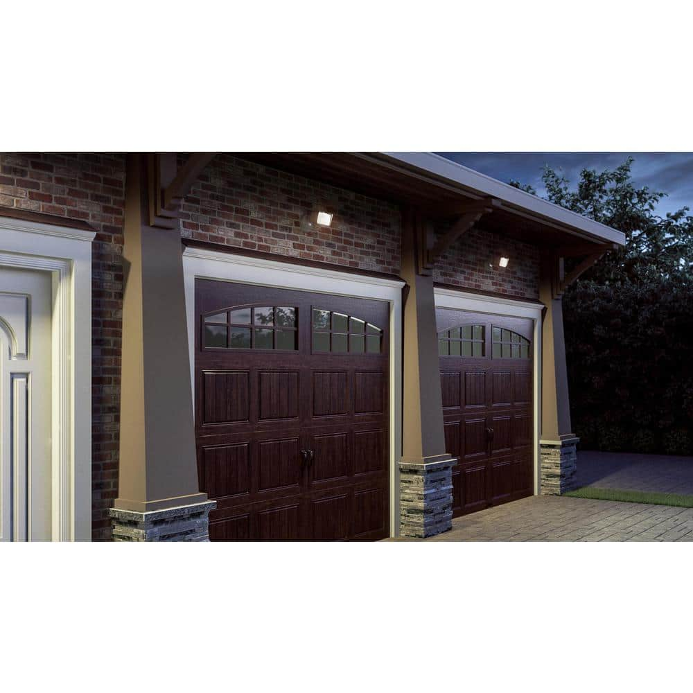Clopay Gallery Collection 8 Ft X 7 Ft 6 5 R Value Insulated Ultra Grain Walnut Garage Door With Arch Window Gr1sp Wo Grla1 The Home Depot