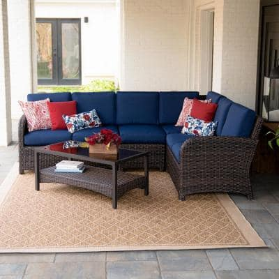 Jackson 5-Piece Wicker Outdoor Sectional Set with Navy Cushions