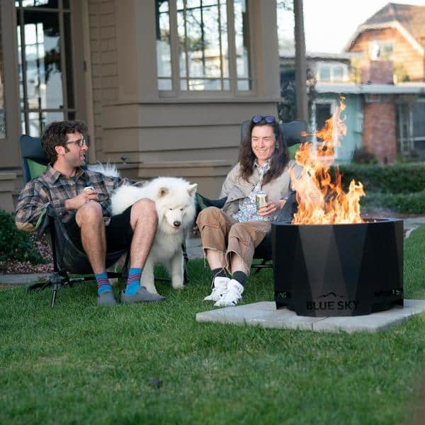 Blue Sky Outdoor Living The Peak 24 In X 16 In Round Steel Wood Patio Fire Pit Pfp2416 The Home Depot