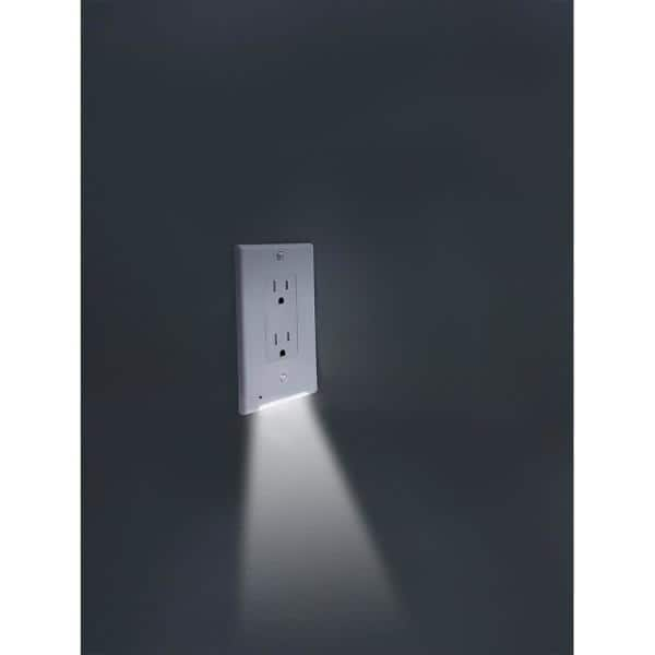 Glocover Glocover 1 Gang Duplex Plastic Wall Plate With Buit In Nightlight White Gc Ccdo W The Home Depot