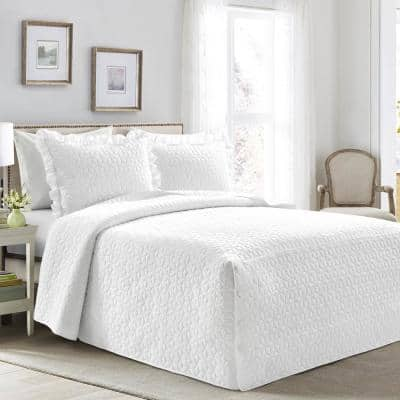 French Country Geo Ruffle Skirt 3-Piece White Queen Bedspread Set