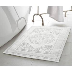 Cotton Stonewash Medallion 17 in. x 24 in./20 in. x 32 in. 2-Piece Bath Rug Set in White