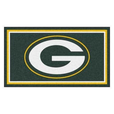NFL - Green Bay Packers 3 ft. x 5 ft. Ultra Plush Area Rug