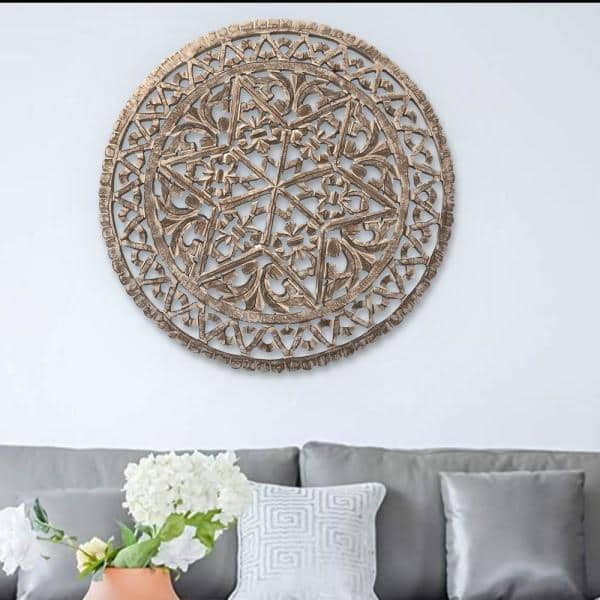 The Urban Port 30 In Distressed White, Round White Wood Wall Decor