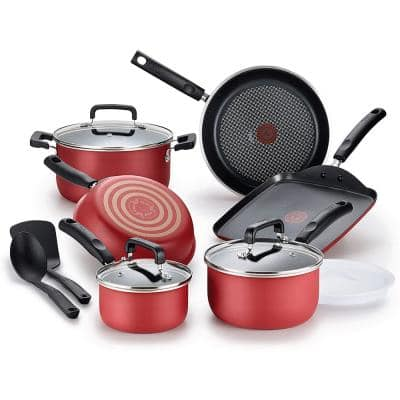 12-Piece Nonstick Titanium Cookware Set with Lids in Red